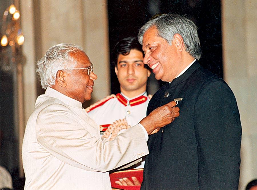 Padmashree Awarded to Pradeep Chowbey