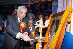 Dr. Pradeep Chowbey inaugrating CGASICON