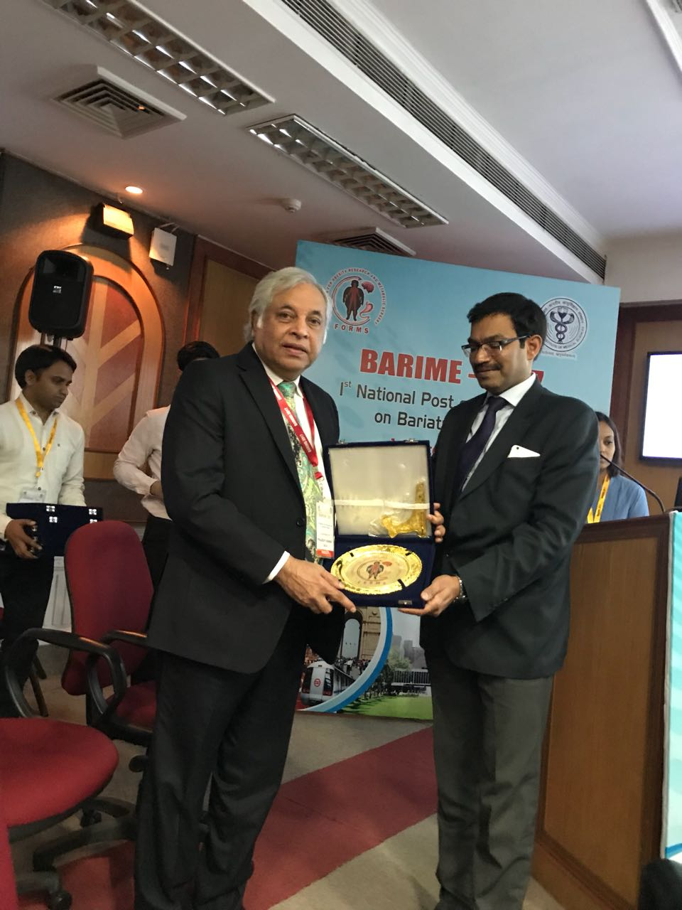 Award from Foundation For Obesity Research and Metabolic Surgery presented by Professor Sandeep Agarwal of AAIMS department of Surgery at BARIME 2017 in Delhi, India
